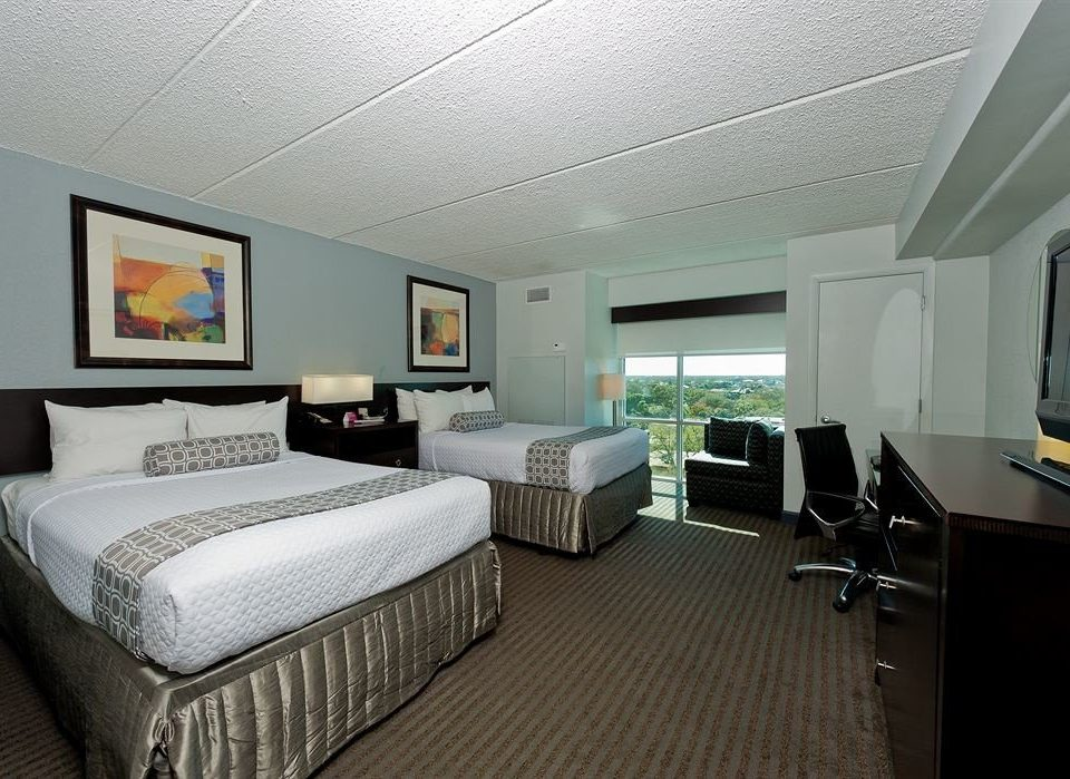 Bedroom Luxury Modern Suite property condominium living room cottage