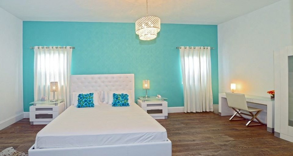 Bedroom Luxury Modern Suite property green cottage Villa hard painted