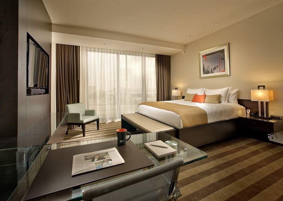 Bedroom Luxury Modern Suite sofa property condominium living room home flat leather