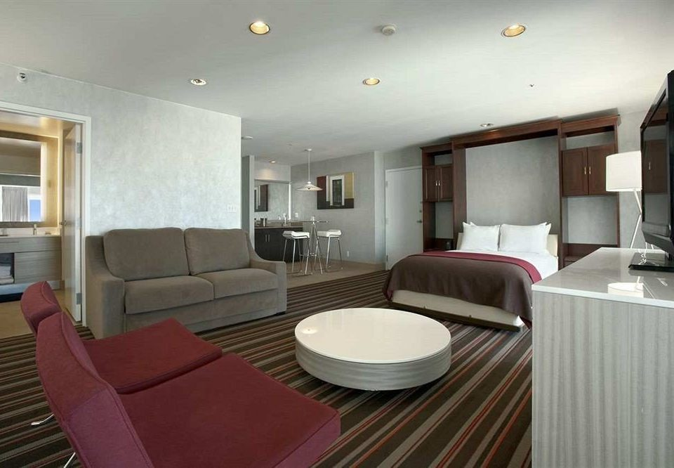 Bedroom Luxury Modern Suite property condominium living room cottage leather