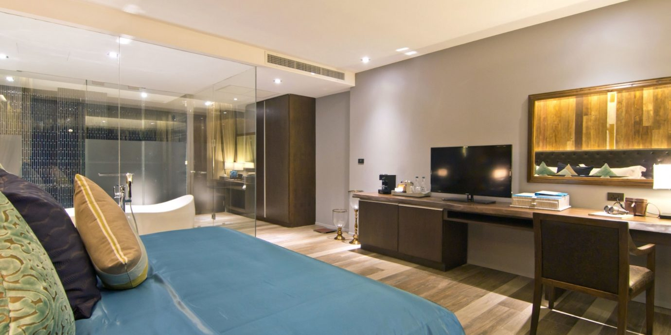 Bedroom Luxury Modern Suite property condominium living room home Villa