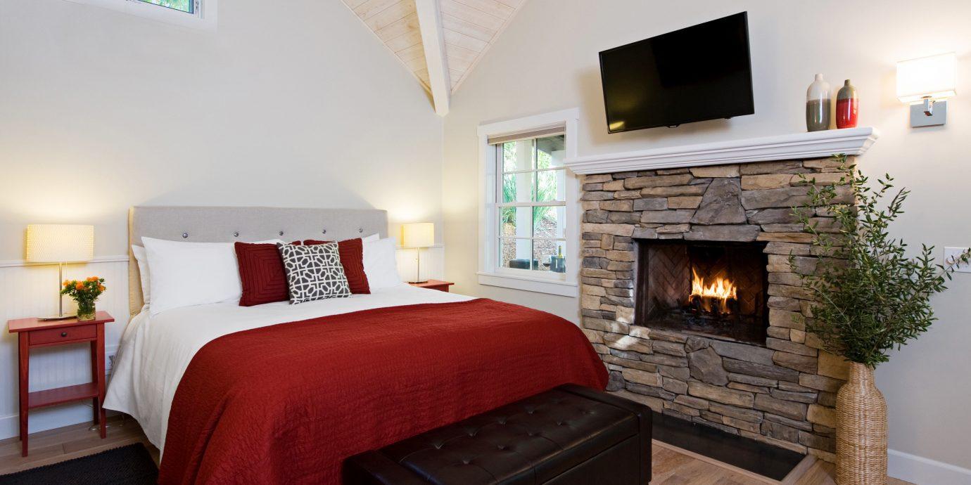 Bedroom Luxury Modern Suite sofa property cottage home hardwood living room Villa