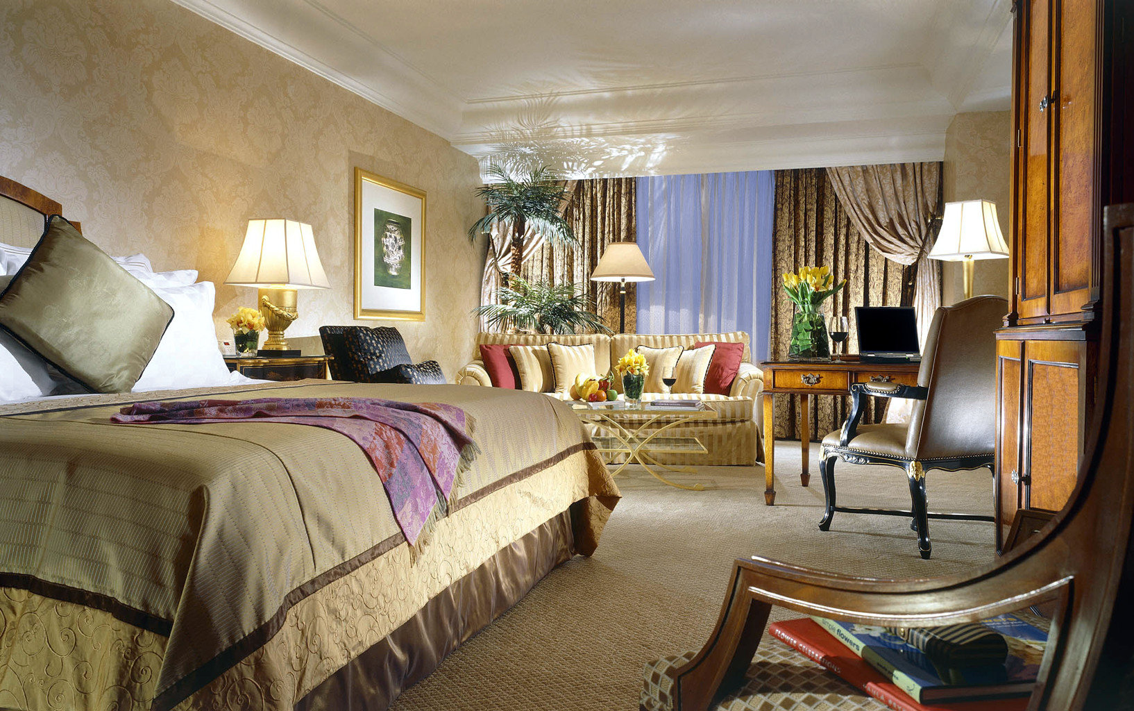Bedroom Luxury Romance sofa property house home Suite living room cottage Resort Villa mansion farmhouse