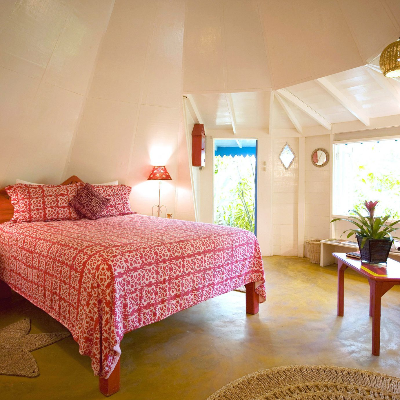 Bedroom Luxury Romance Romantic Tropical red property Suite cottage Villa living room Resort bed sheet