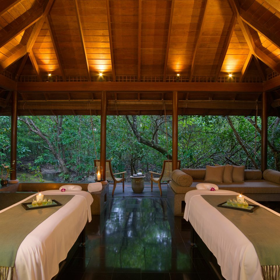 Luxury Romantic Spa property Bedroom Resort swimming pool home Villa cottage eco hotel log cabin