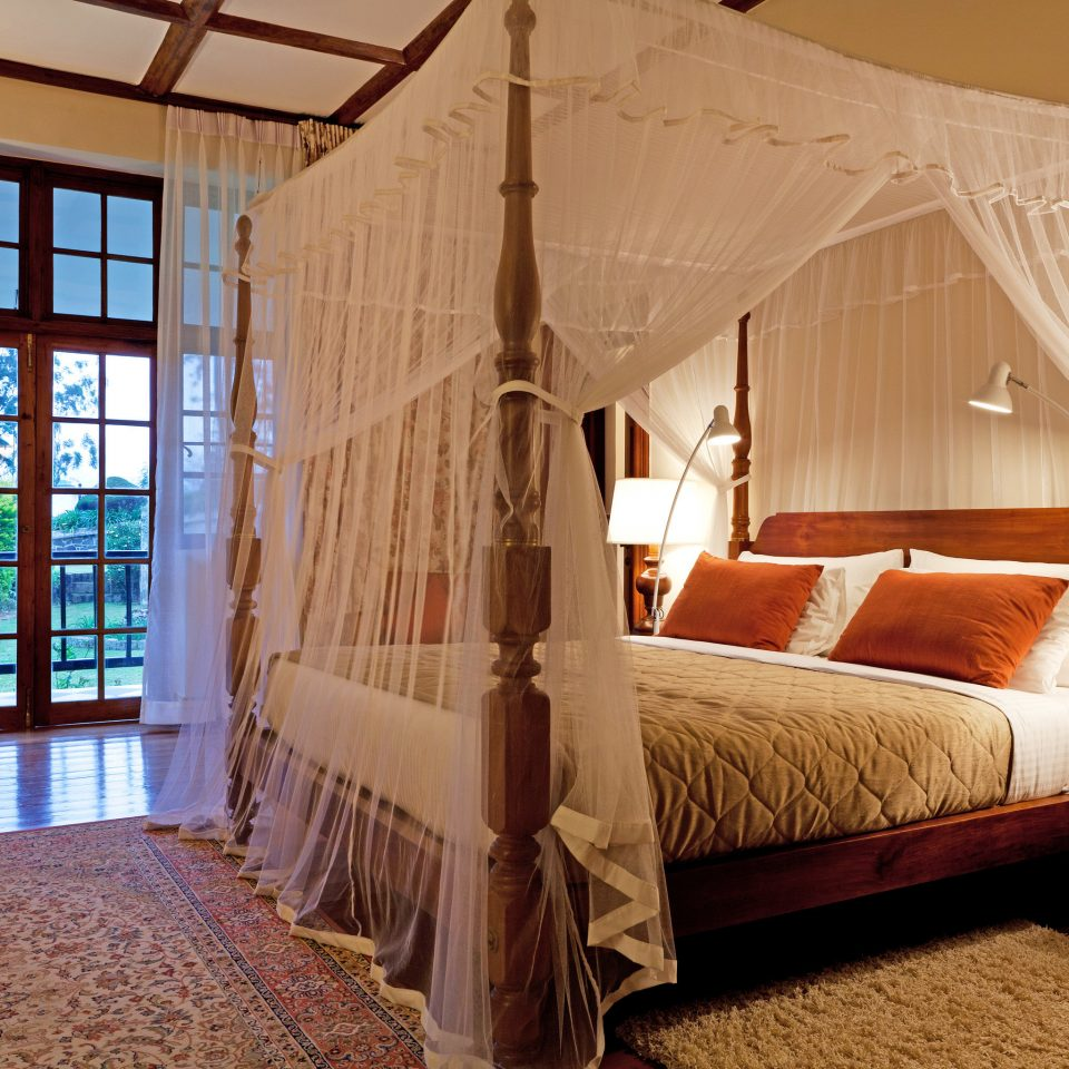 Luxury Romantic Rustic Scenic views property building Bedroom house cottage home Villa Resort Suite farmhouse living room