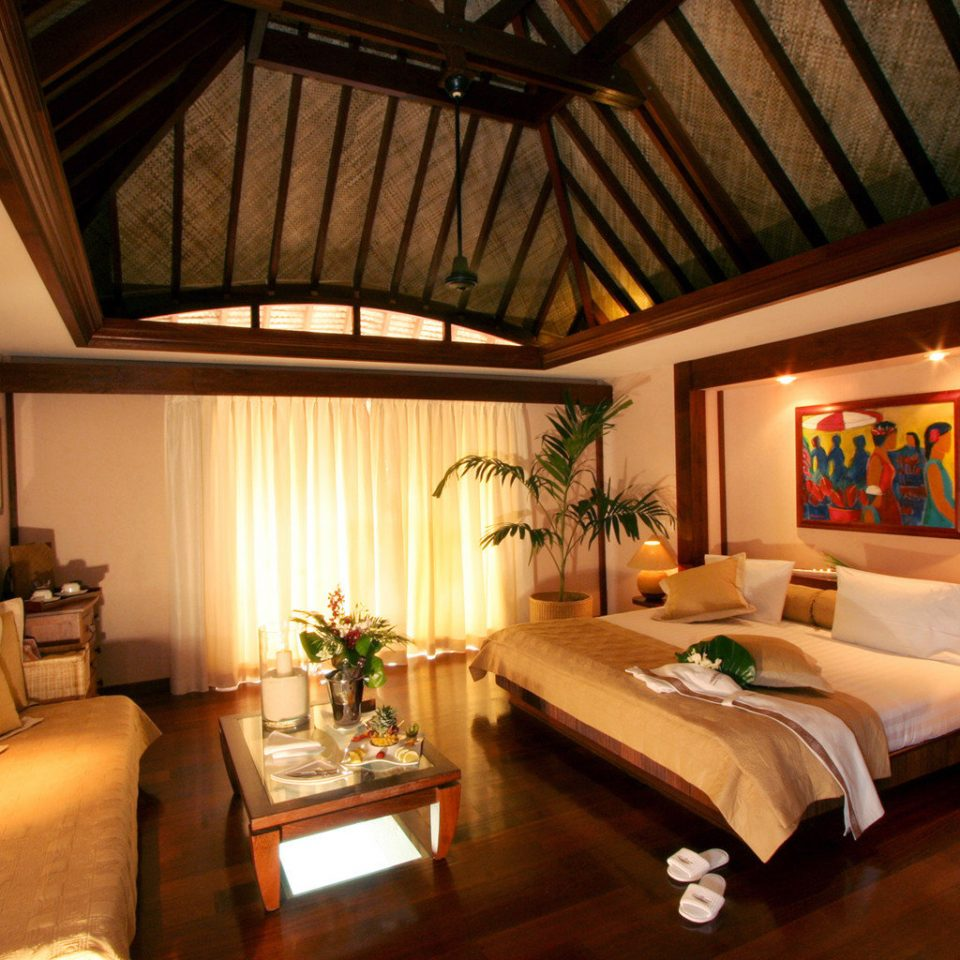 Bedroom Luxury Scenic views Suite sofa property living room Resort home recreation room cottage Villa mansion