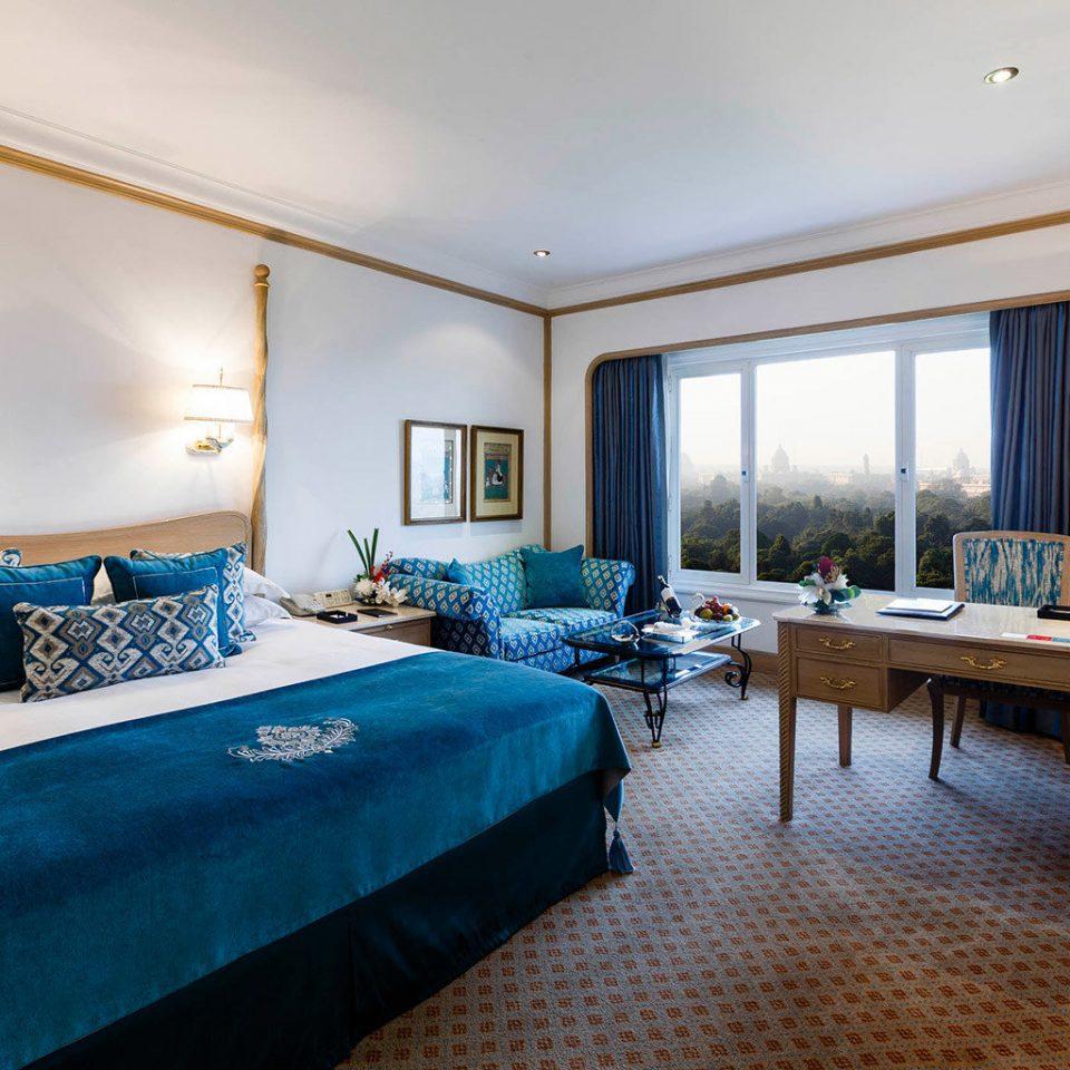 Bedroom Luxury Resort property scene Suite living room home Villa cottage blue