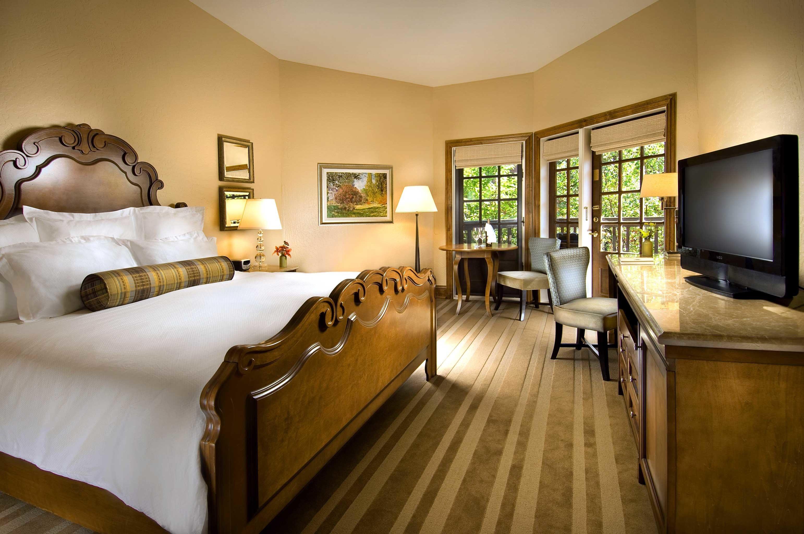Bedroom Luxury Romance Romantic property living room home Suite