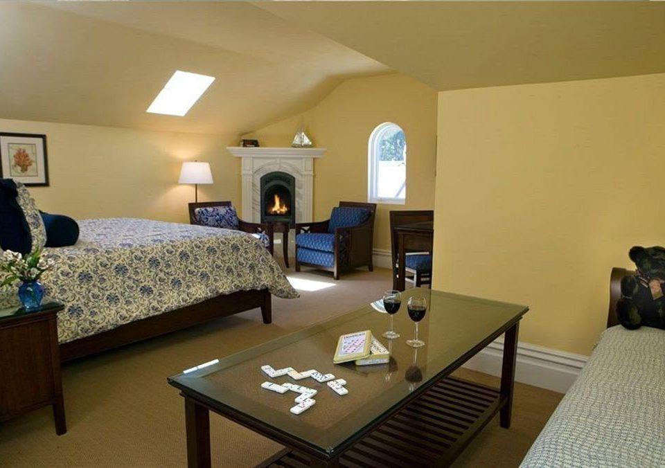 Bedroom Luxury Rustic Suite property living room cottage Villa condominium