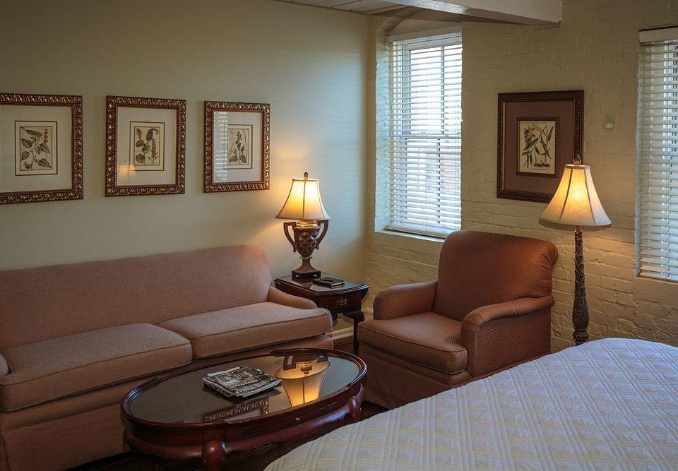 Bedroom Luxury Rustic Suite property living room home cottage condominium lamp