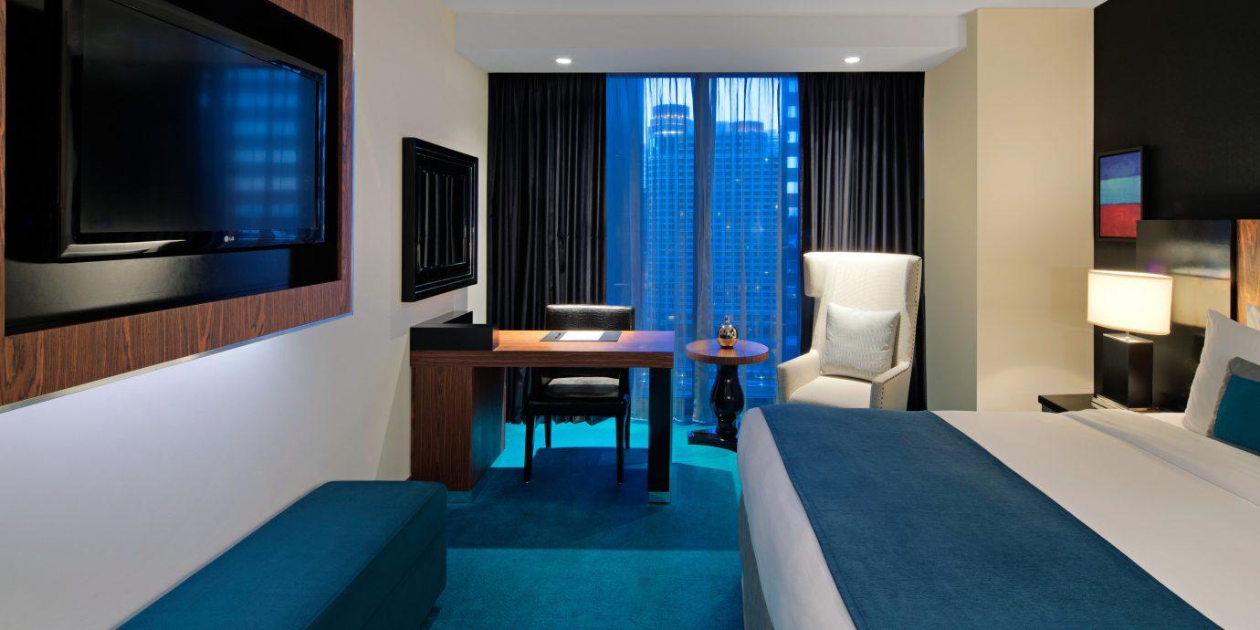 Bedroom Luxury Scenic views Suite property condominium living room blue