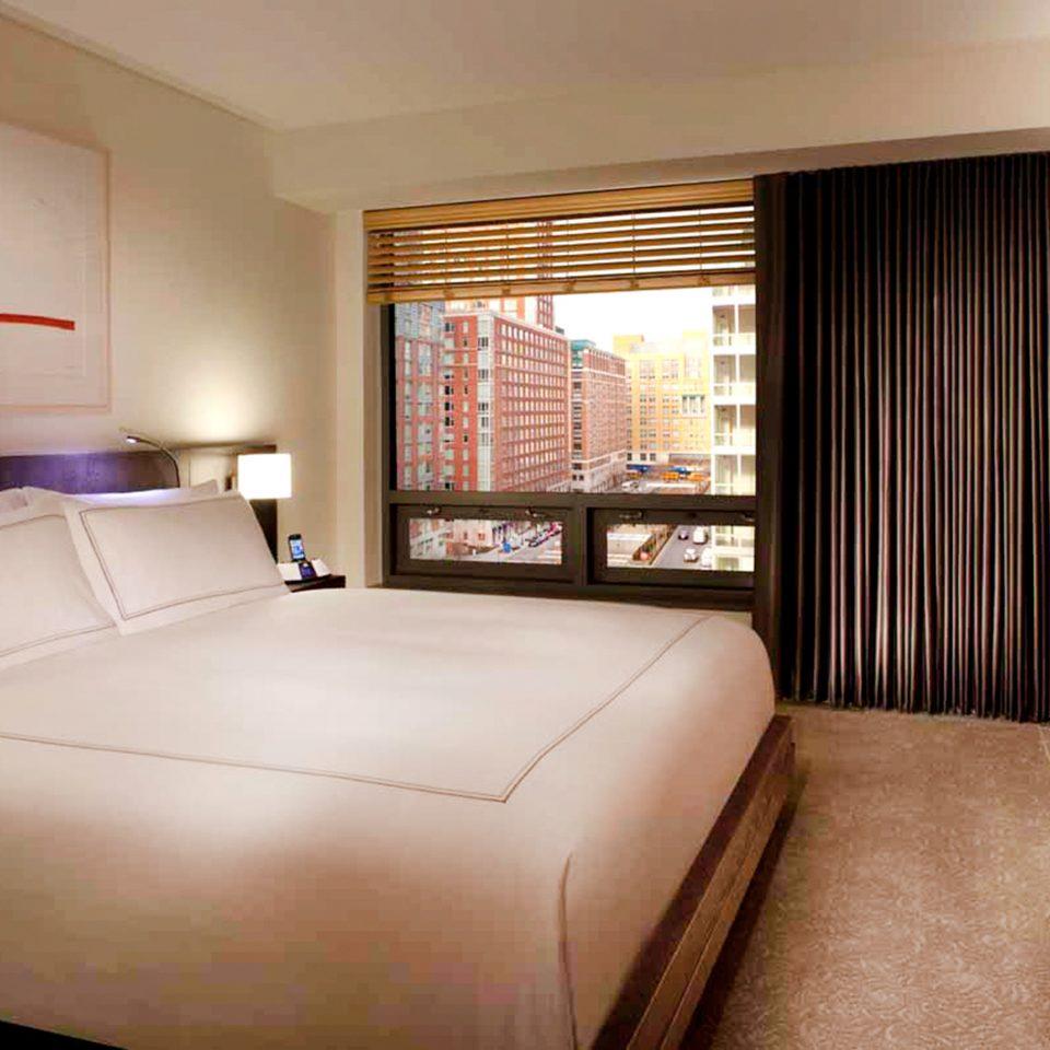 Bedroom Luxury Suite property cottage bed sheet
