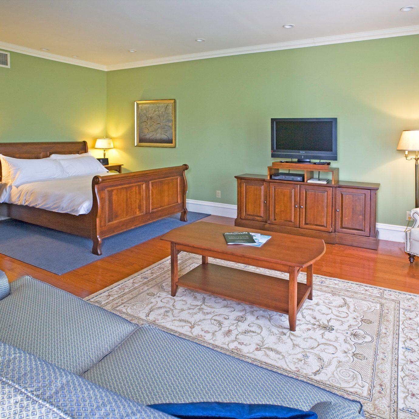 Bedroom Luxury Suite property cottage hardwood Villa living room