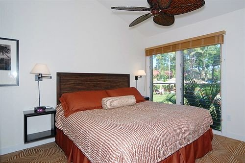 Bedroom Luxury Suite property cottage Villa