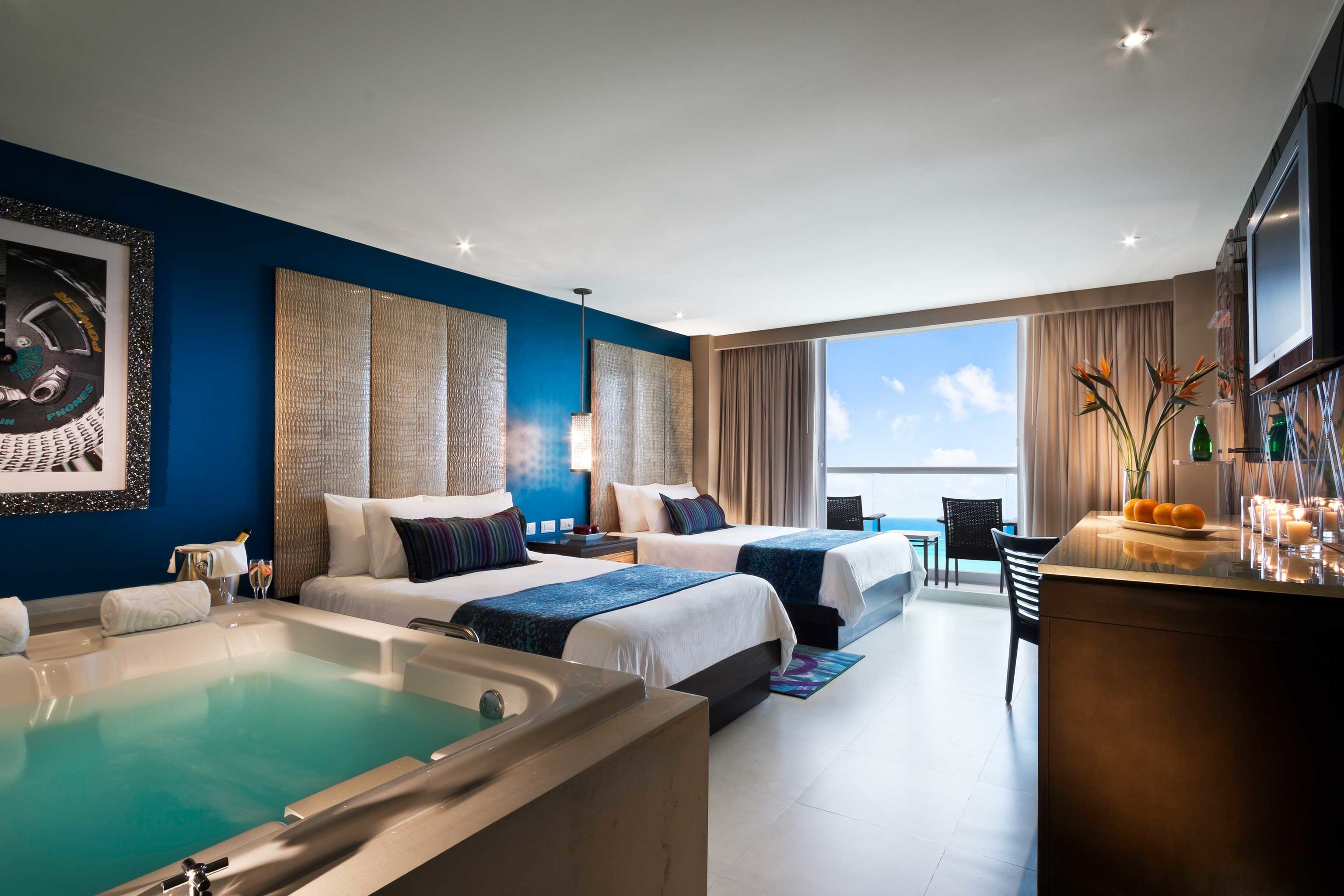 Bedroom Modern Party Resort property living room Suite condominium Villa home swimming pool