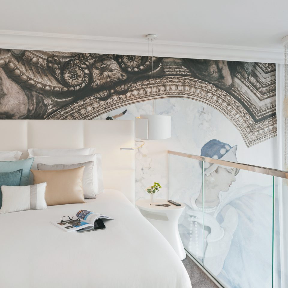 Bedroom Modern Resort property living room curtain textile