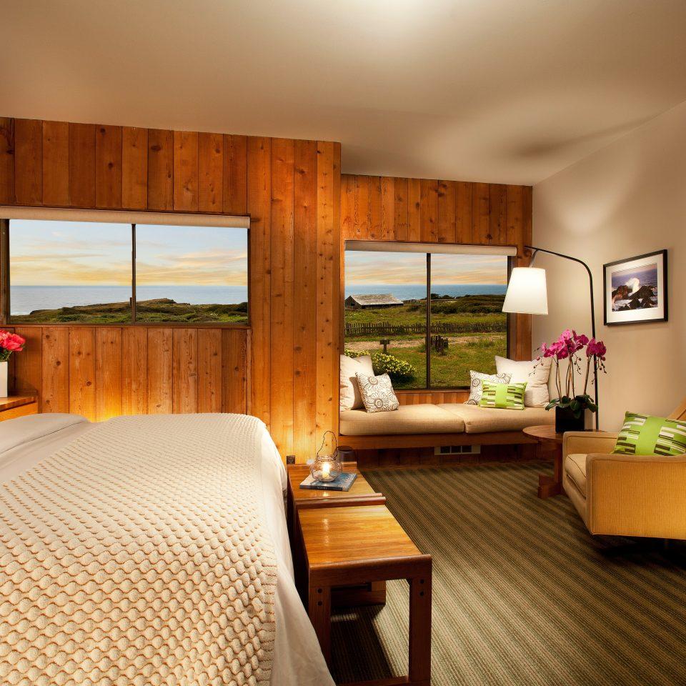 Bedroom Modern Resort Rustic property Suite home condominium living room cottage Villa