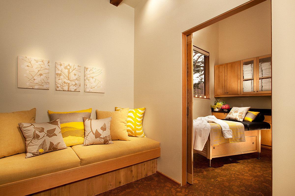 Modern Resort Rustic sofa property Bedroom living room Suite home cottage tan