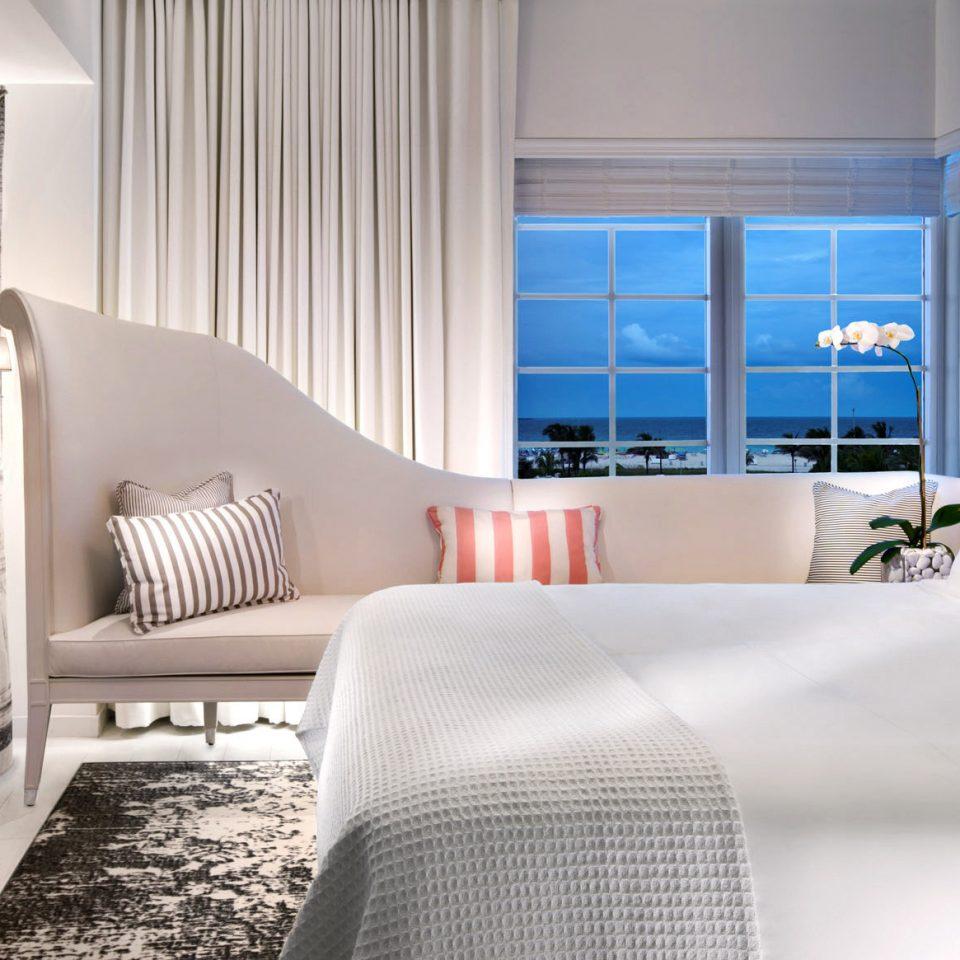 Bedroom Modern Resort Scenic views sofa property living room white home Suite cottage condominium