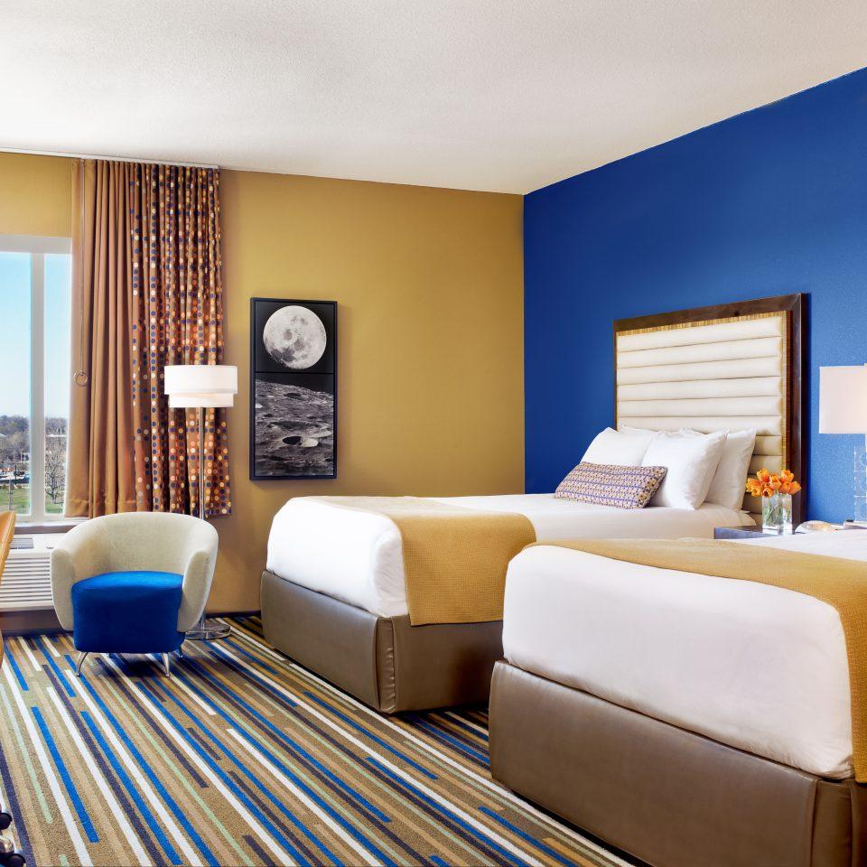 Bedroom Modern Resort Scenic views sofa property Suite living room home condominium flat