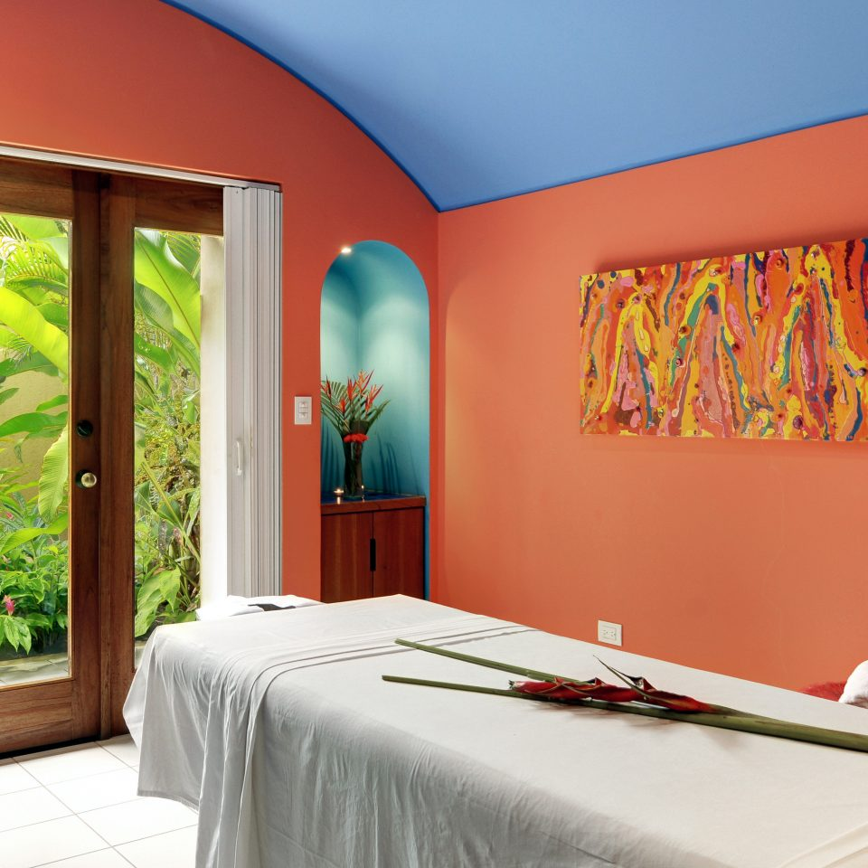 Modern Resort Spa Wellness color property home Bedroom living room bright colored