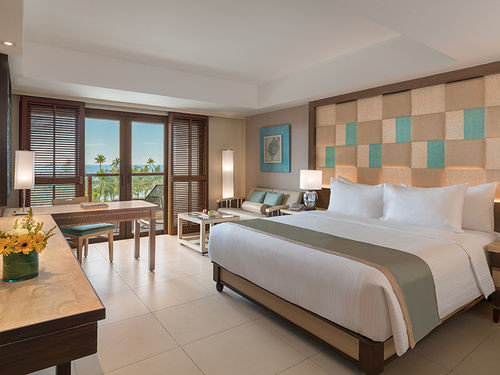 property Suite condominium Bedroom living room Villa Resort Modern