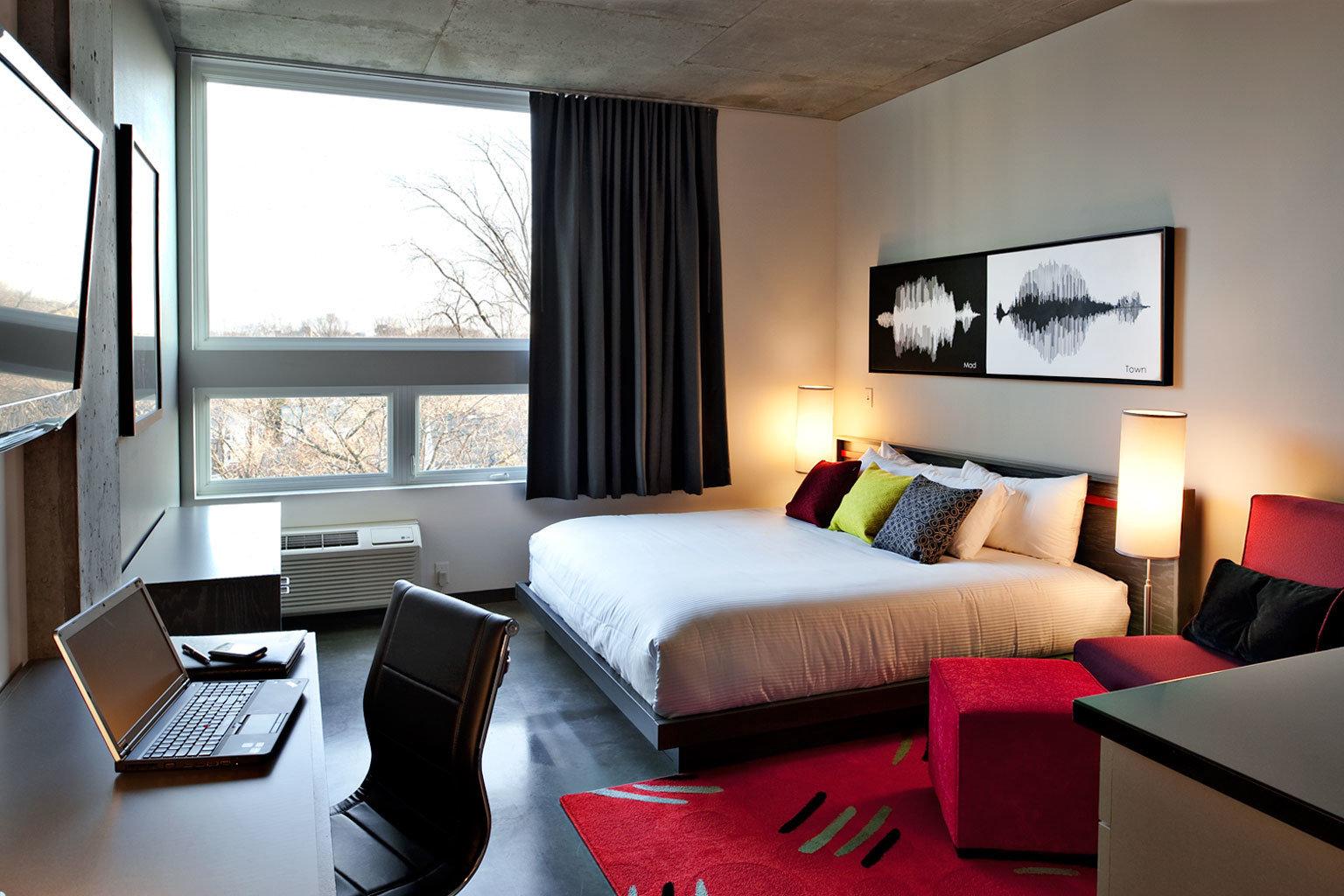 Bedroom Resort sofa property Suite living room cottage condominium Villa Modern flat