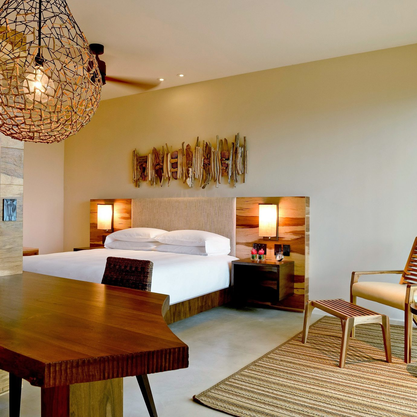 Bedroom Modern Resort property living room Villa home hardwood Suite wooden cottage farmhouse wood flooring dining table