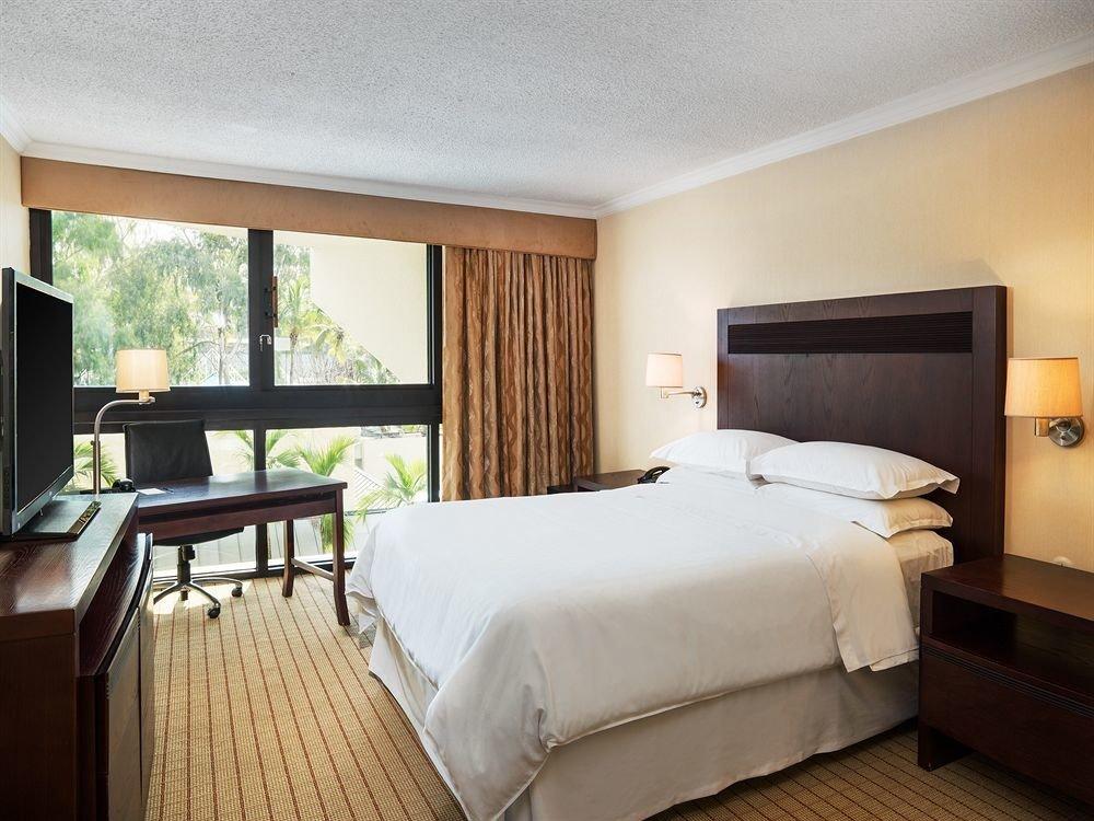 Bedroom Modern Suite property cottage Villa Resort