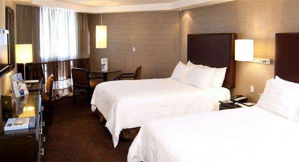 Bedroom Modern Suite property scene cottage Resort