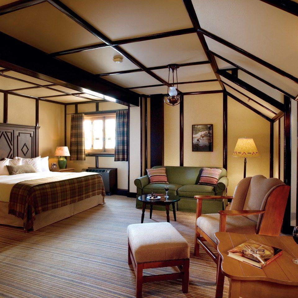 Bedroom Modern Resort property living room Suite home cottage Villa farmhouse