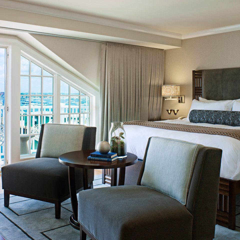 Modern Resort property living room Bedroom home condominium Suite cottage