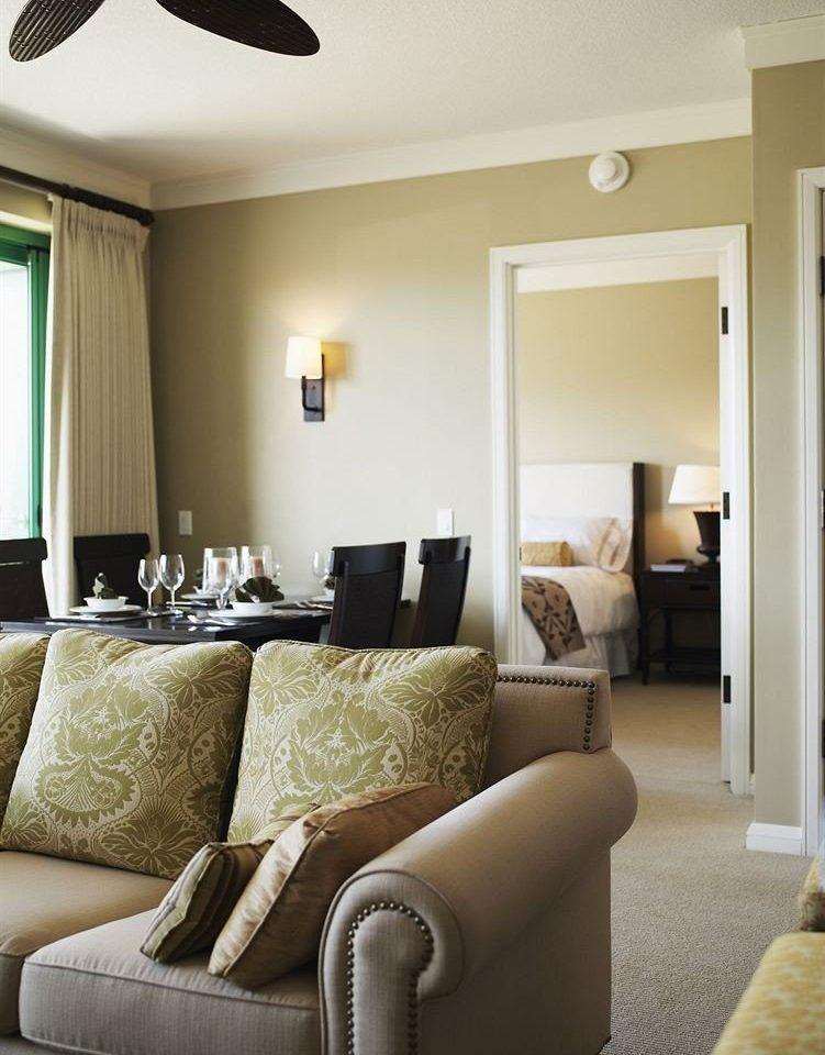 Resort Suite sofa property living room home nice condominium Bedroom cottage flat Modern leather