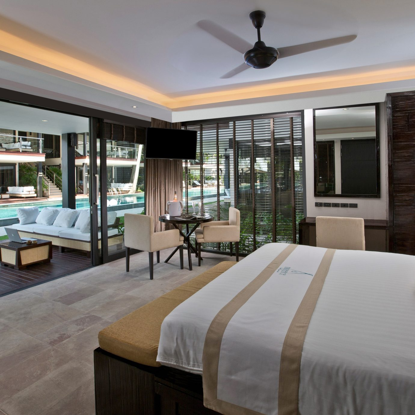 Bedroom Modern Resort Suite sofa property condominium living room home Villa