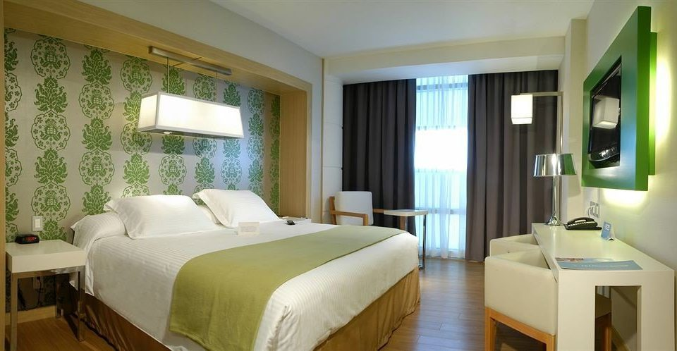 Bedroom Romantic Suite property green scene condominium cottage home Villa Modern tan