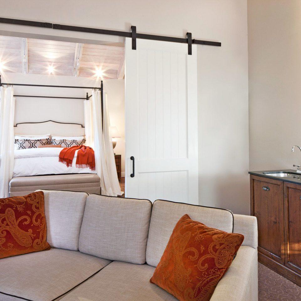 Bedroom Modern Rustic property cottage home living room Suite