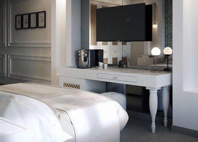 property Suite home white bathroom cottage condominium Bedroom Modern