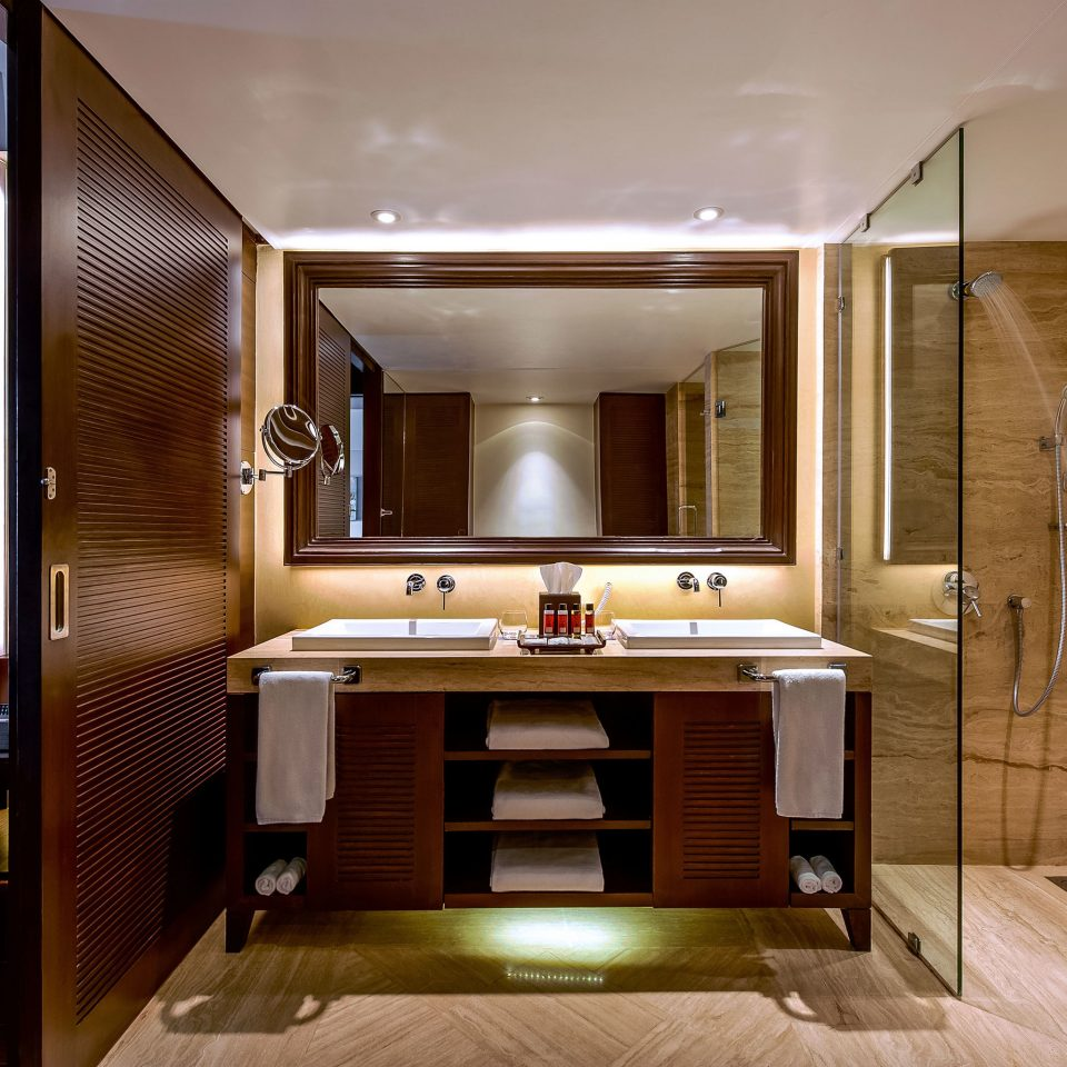 property home cabinetry living room Suite yacht mansion condominium Modern Bedroom bathroom