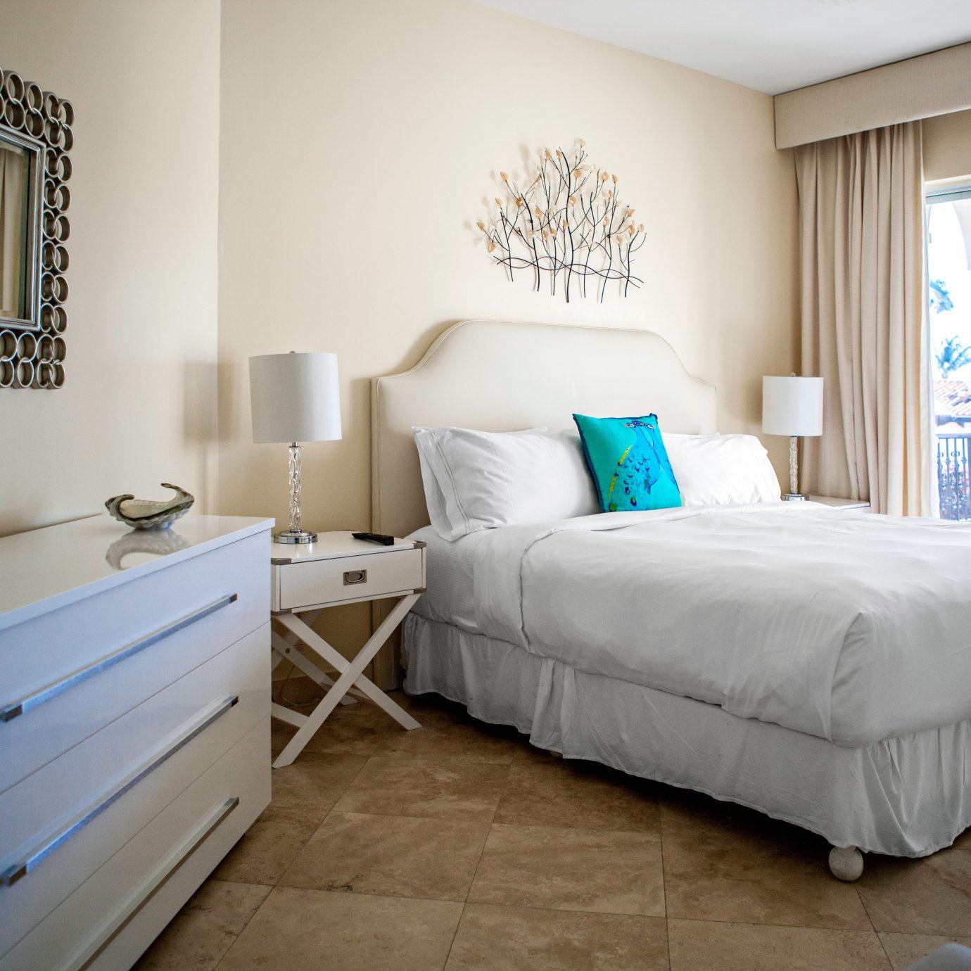 Bedroom Modern Suite property living room home bed frame bed sheet cottage