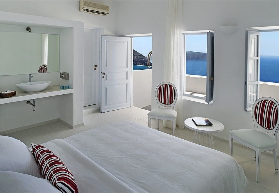 property scene Bedroom white cottage home Suite Modern clean
