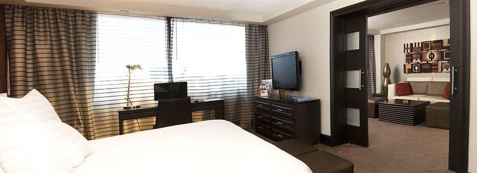 Bedroom Modern Suite property condominium living room cottage clean