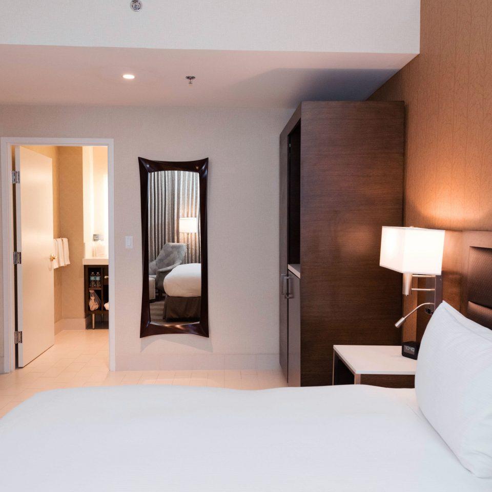 property Bedroom Suite pillow condominium nice Modern flat clean