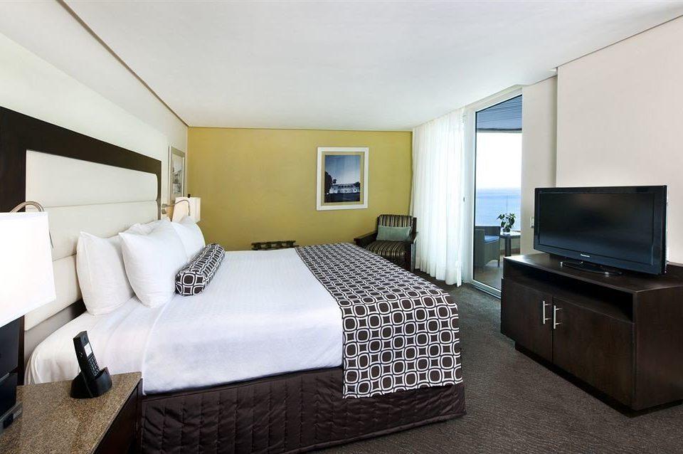 Bedroom Modern Suite property cottage condominium tan