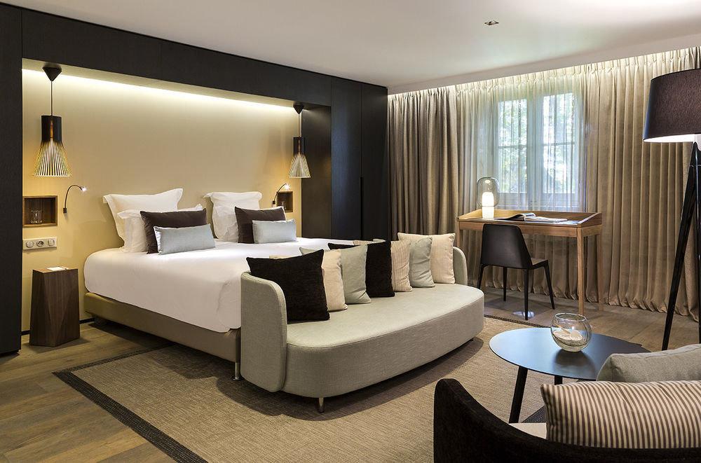 property Suite living room condominium flat Modern Bedroom
