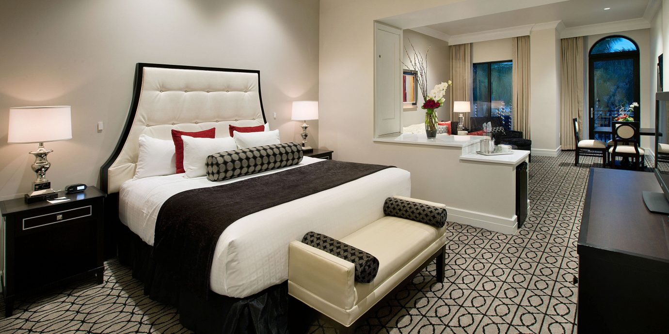 property living room Bedroom Suite home condominium Modern