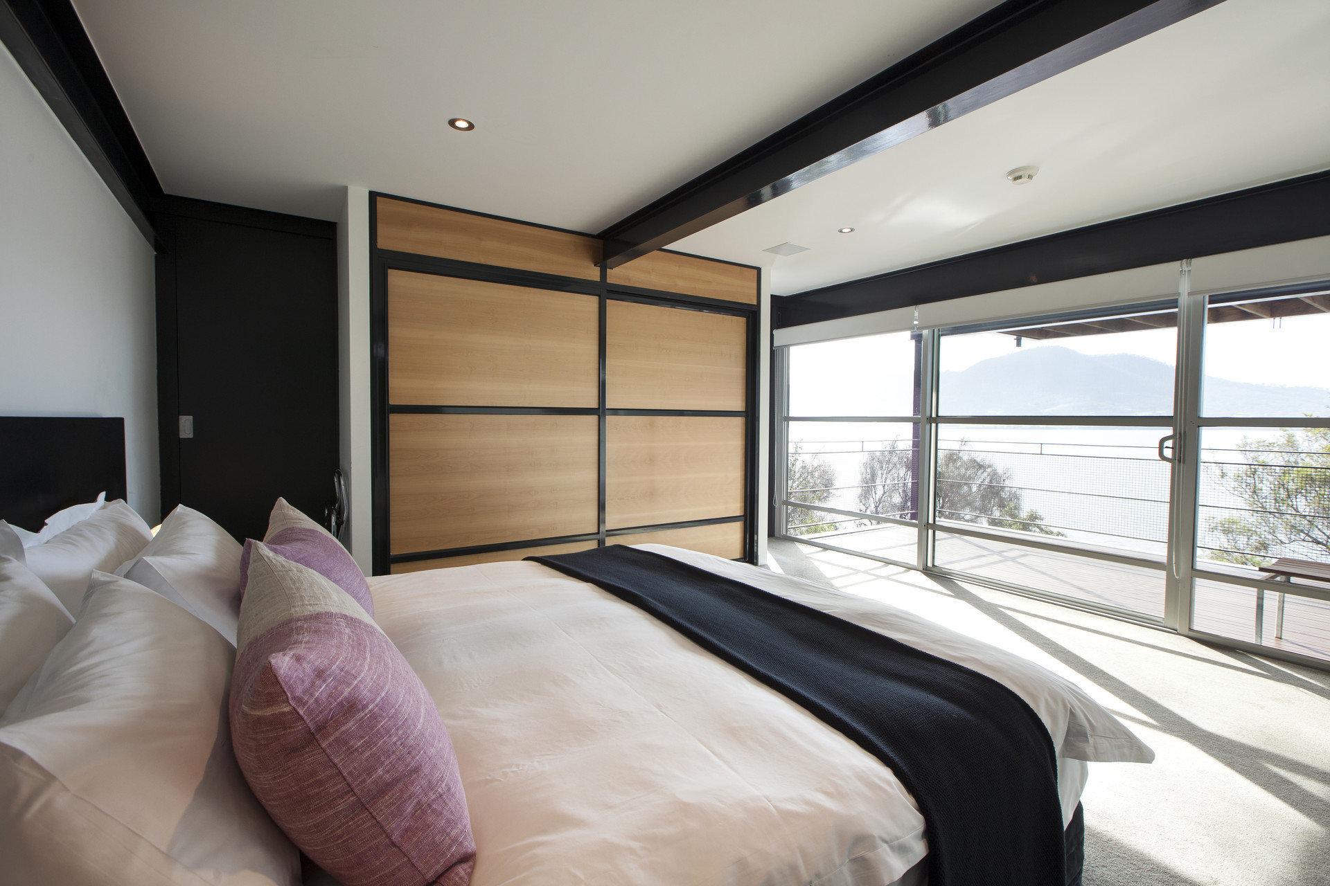 Bedroom property home Suite condominium Modern
