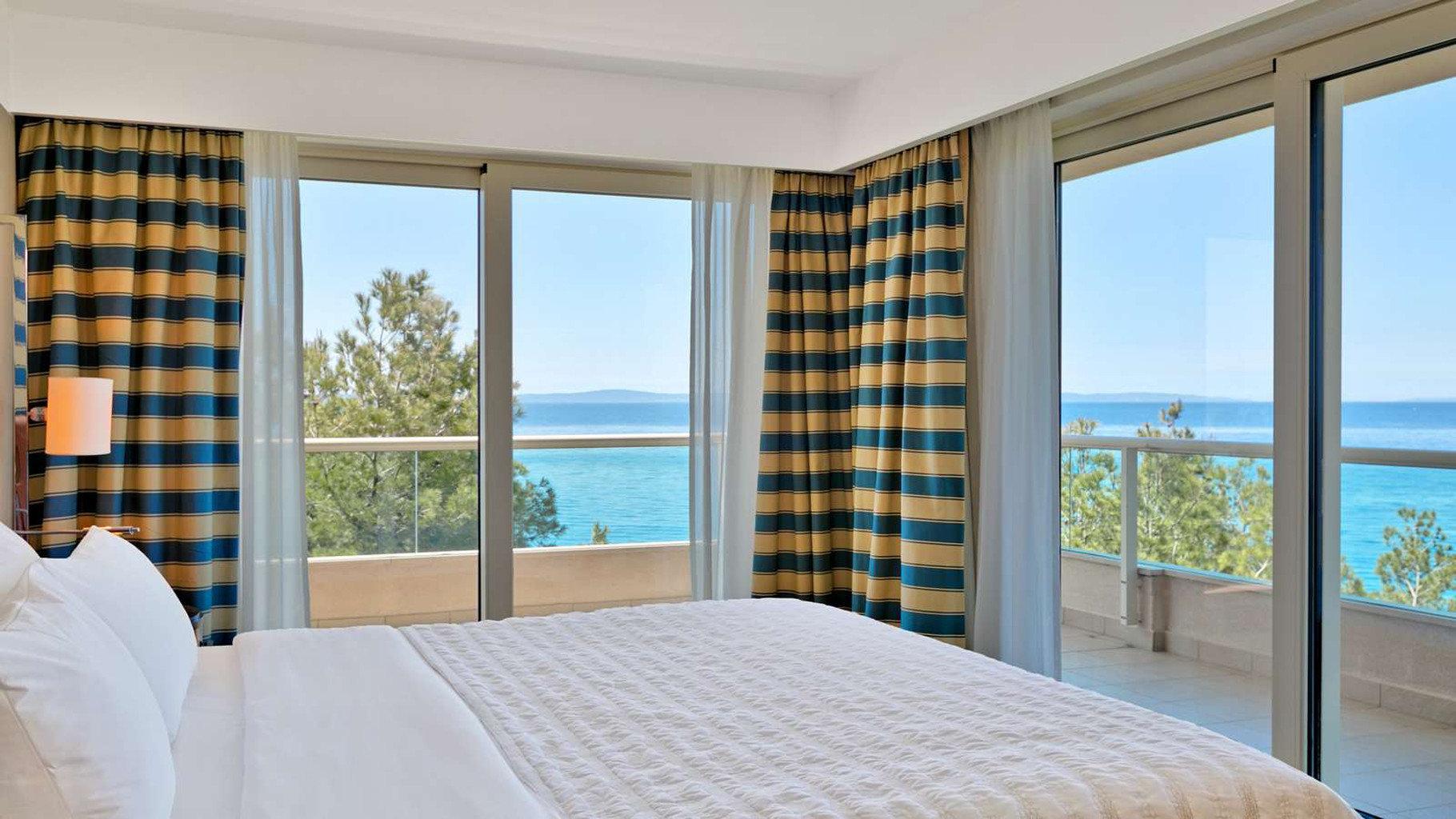 property Bedroom Suite condominium overlooking cottage curtain window treatment Modern
