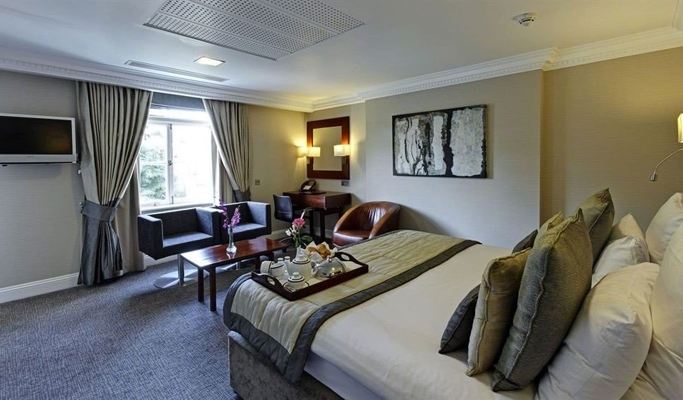 sofa property home Bedroom Suite cottage living room condominium flat tan Modern