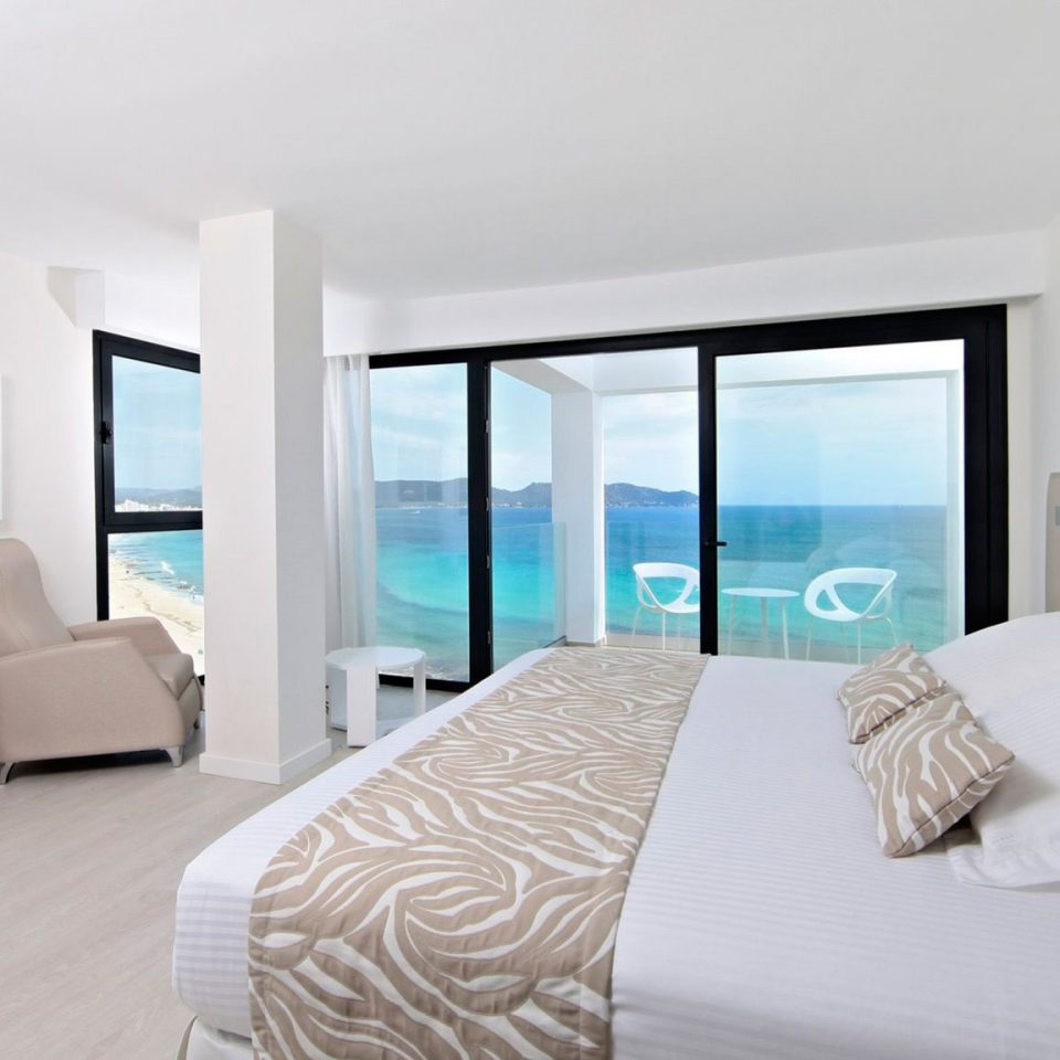 property Bedroom white Suite condominium living room Modern